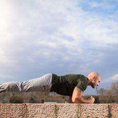 Mit Planks zur stabilen Körpermitte